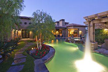 Landscapers in Phoenix